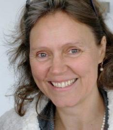 Guri-Grit Liebezeit, Entwicklungsbegleiterin  Saarbrücken  Mobil +49 (0)175 99 16 739  Email guri-grit@web.de     Mein Ziel ist es Menschen zu begleiten, ihre eigene Kraft und ihr eigenes Potential vo